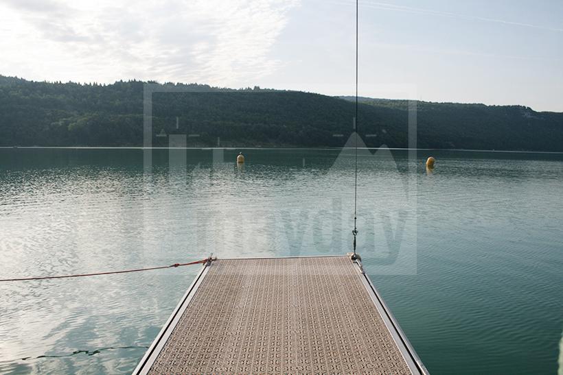CLAV0005 port moderne jura 2