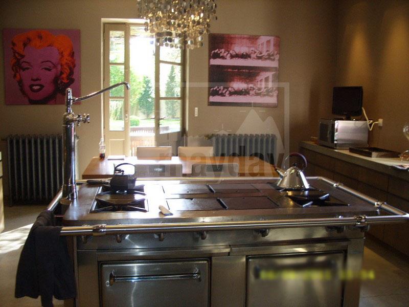 RAV0205 cuisine 1