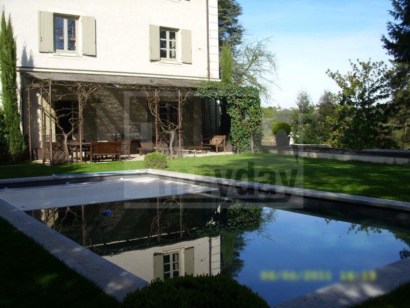 RAV0205 piscine terrasse 1
