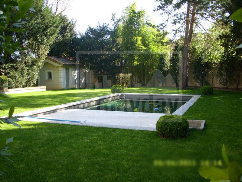 RAV0205 piscine