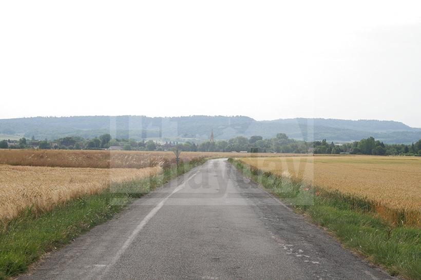 clav0008 village franche comte 1
