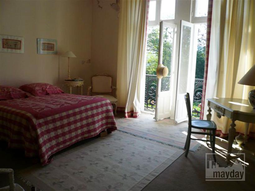 clav0015-manoir-19eme-bourgogne-chambre-1