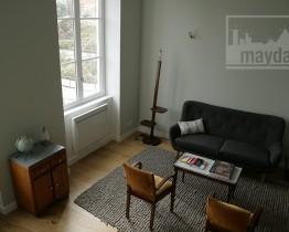 clav0016-appartement-canut-renove-vintage-salon-3
