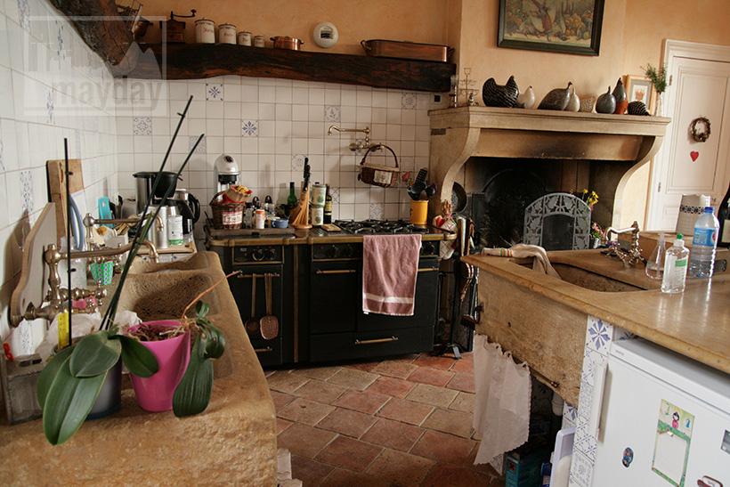 clav0020-domaine-tour-haras-cuisine-2