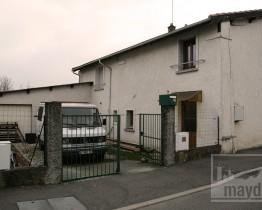 che0001-maison-squat-facade