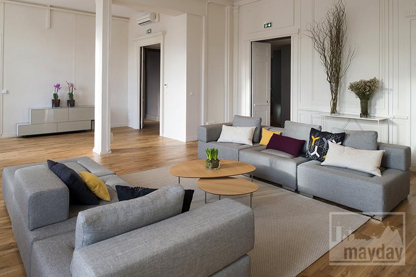 clav0012-appartement-classieux-coeur-de-Lyon-salon-3