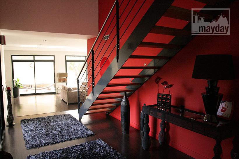 clav0021-villa-moderne-sud-entree-1
