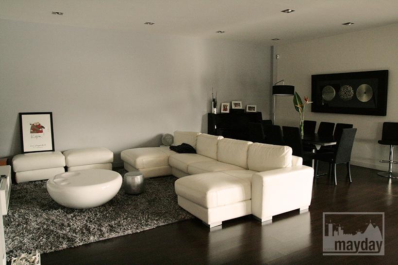 Villa moderne on dirait le sud clav0021 agence for Recherche salle a manger moderne
