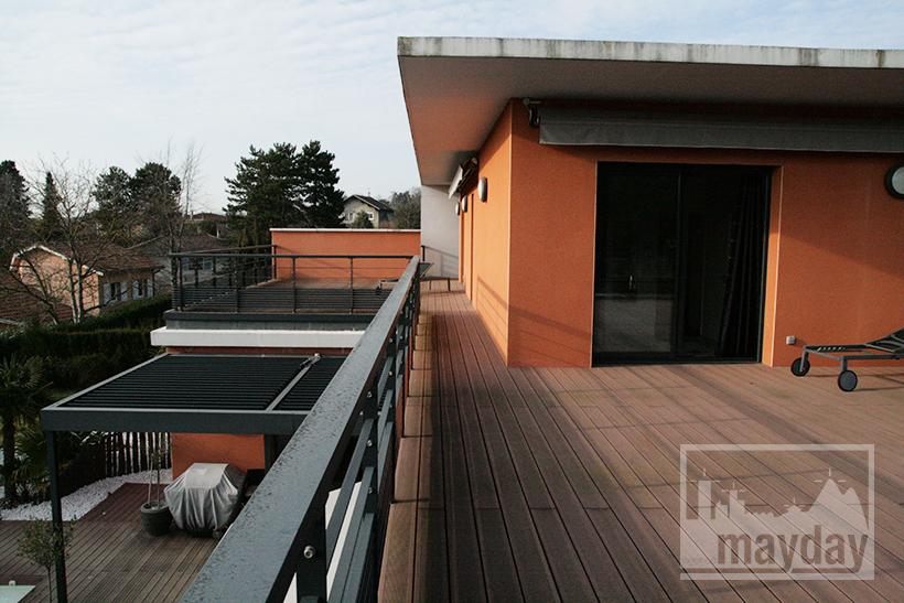 clav0021-villa-moderne-sud-terrasse-etage