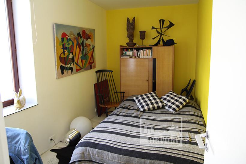 clav0022-maison-brut-en-boite-chambre-1