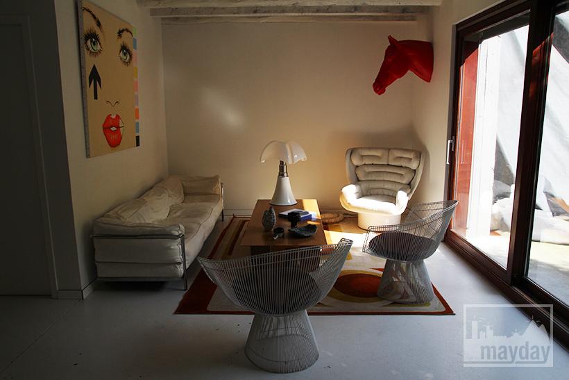clav0022-maison-brut-en-boite-salon-2