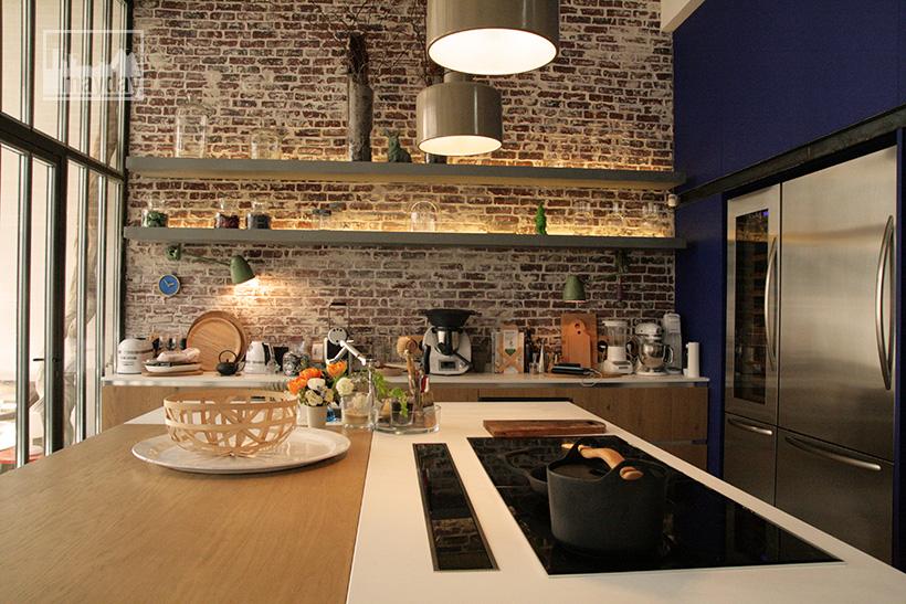 clav0024-loft-avec-patio-cuisine-1