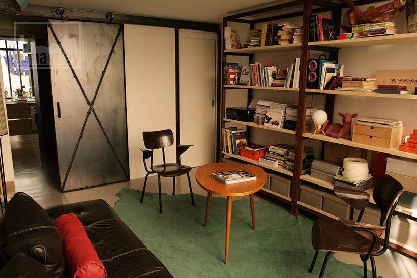 clav0024-loft-avec-patio-petit-salon-1