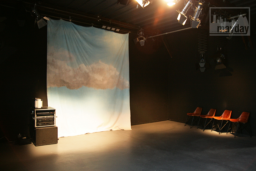 clav0027-loft-espace-multiformes-studio-noir