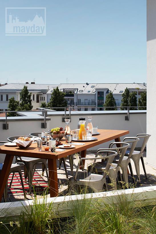 clav0032-terrasse-panoramique-chic-avec-vue-sur-lyon-3