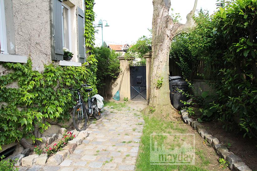 clav0035-maison-bourgeoise-pop-jardin-1