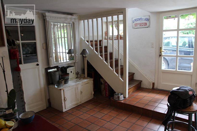 clav0038-maison-feuillue-d'artiste-cuisine-1