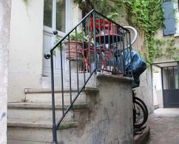 clav0038-maison-feuillue-d'artiste-entree-1
