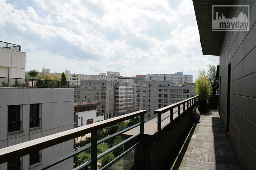 jean0025-appartement-terrasse-nouveau-quartier-ext1
