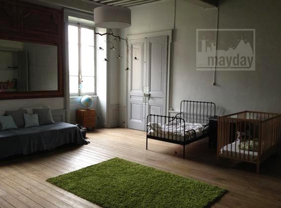 clav0034-prieure-renove-romantique-chambre-enfant-2