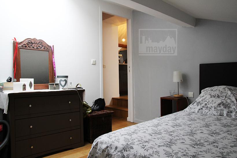 clav0049-appartement-lyonnais-sous-les-toits-chambre-2