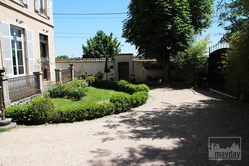 clav0050-maison-francaise-de-charme-ext-2