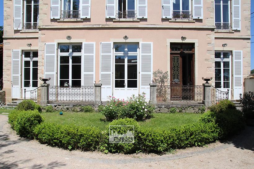 clav0050-maison-francaise-de-charme-ext-3