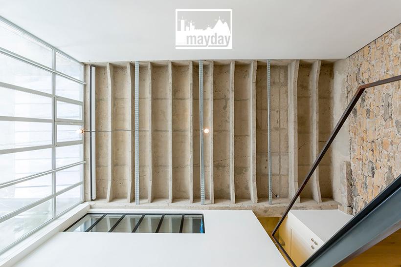 jean0028-loft-mur-de-lumiere-plafond