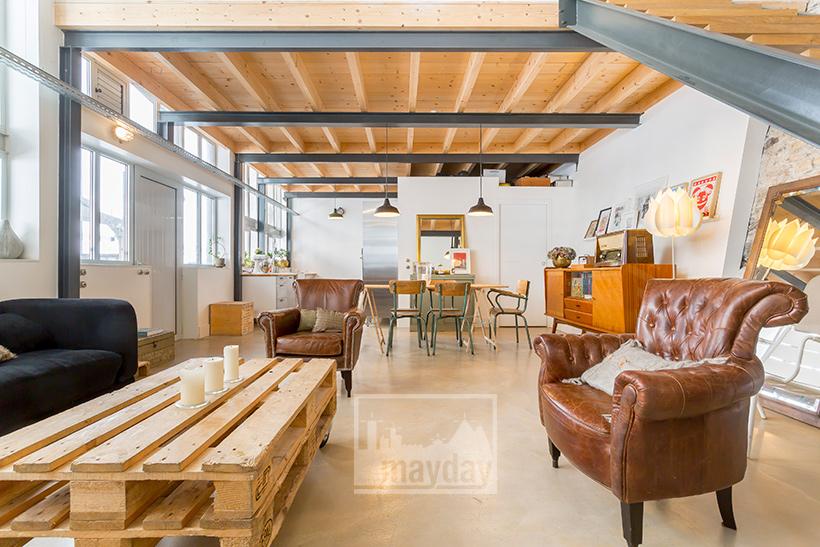 jean0028-loft-mur-de-lumiere-salon-2