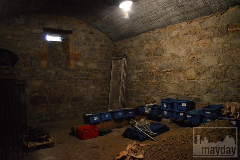 Cave chateau 10 RAV0501