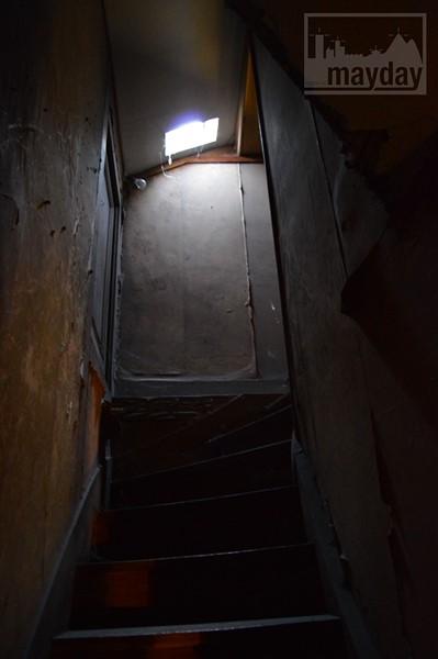 Escalier grenier 02 RAV0501