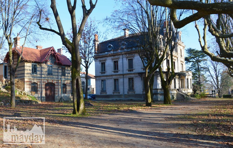Vue ensemble Chateau RAV0501