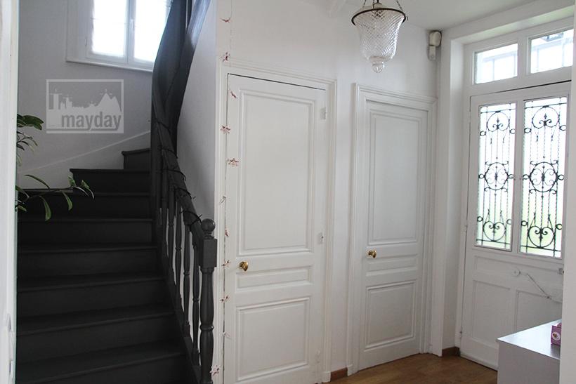 clav0043-maison-bourgeoise-au-cerf-entree-2