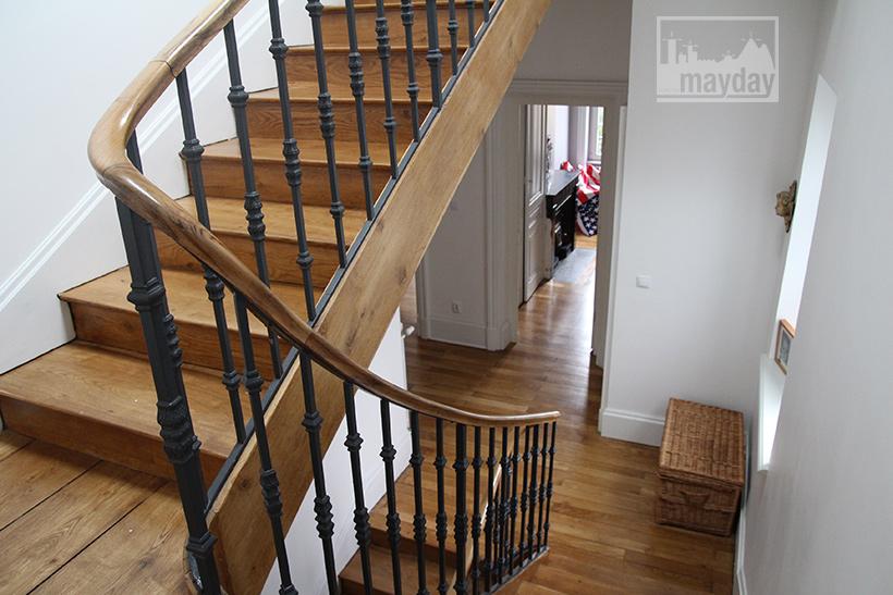 clav0054-maison-art-deco-a-la-verriere-escalier