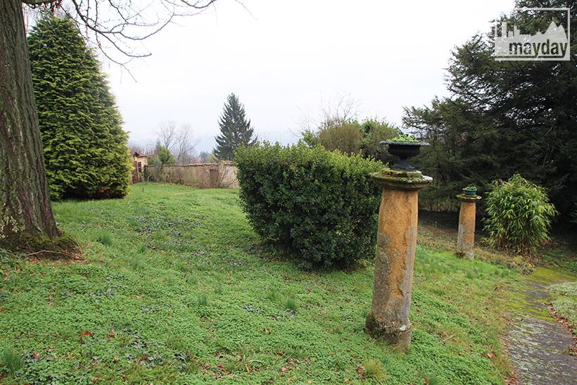 clav0060-maison-officier-ext-jardin-1