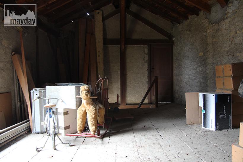 clav0060b-le-grenier-des-jouets-oublies-1