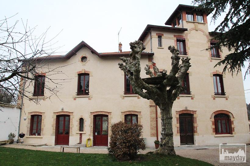 clav0062-maison-pigeonnier-facade-1
