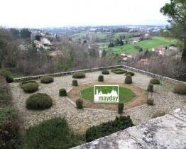 clav0078-palais-toscan-près-de-lyon-jardin-1