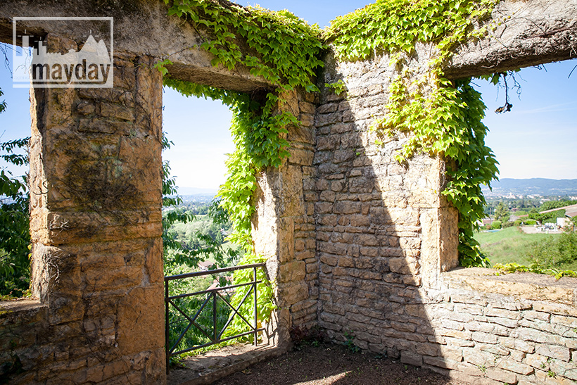 clav0078-palais-toscan-pres-de-lyon-ext-9