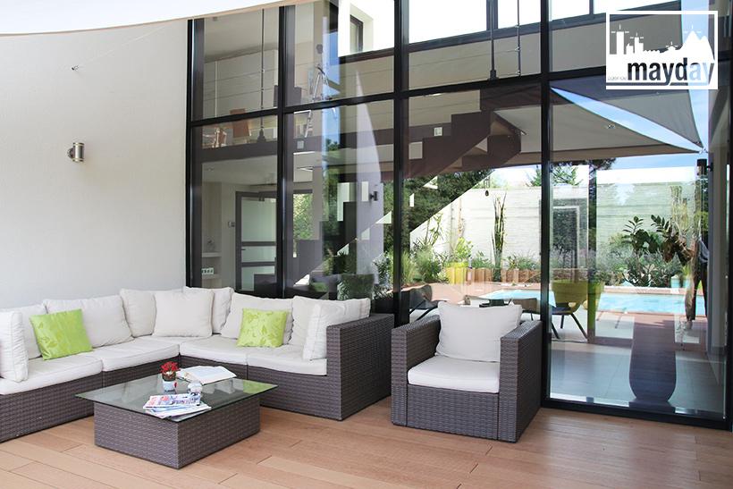 maison d architecte transparence lyon clav0099 agence mayday rep rage de d cors. Black Bedroom Furniture Sets. Home Design Ideas