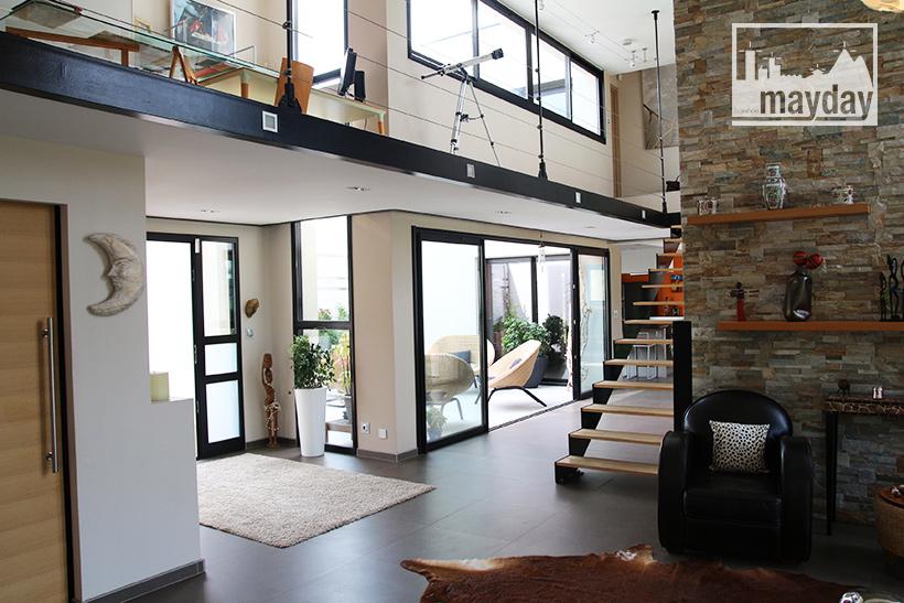 clav0099-maison-architecte-transparence-int-1