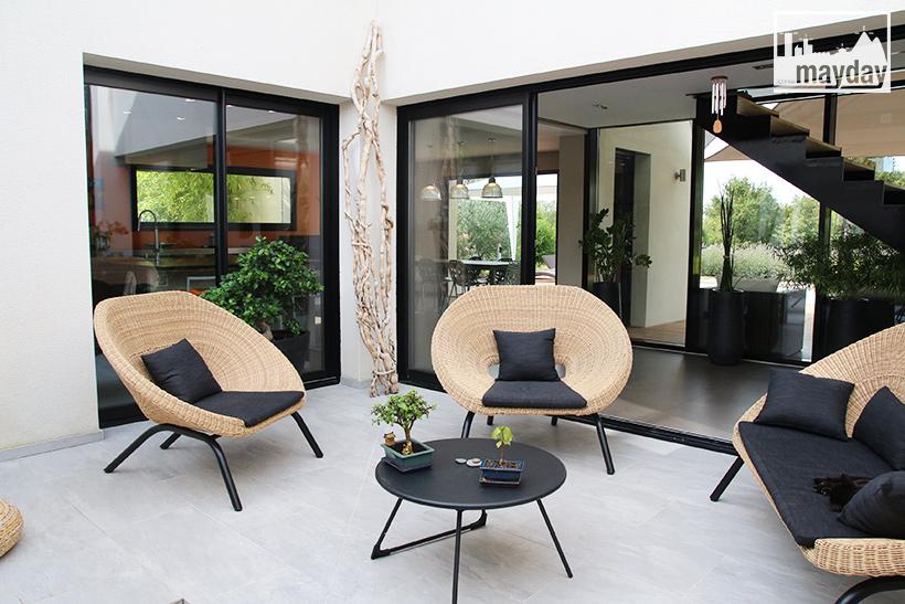 clav0099 maison architecte transparence patio 1 agence mayday rep rage de d cors recherche. Black Bedroom Furniture Sets. Home Design Ideas