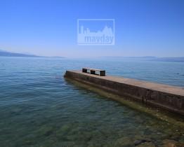 clav0108-ponton-beton-lac-leman-1