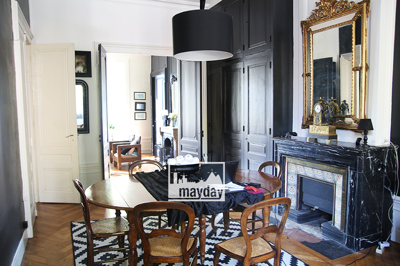 clav0111-hotel-particulier-caractere-noir-int-6