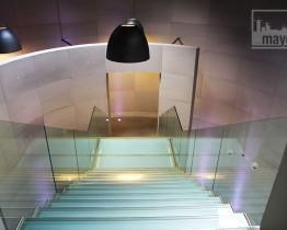 clav0115e-atrium-immeuble-moderne-4