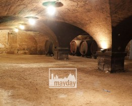 clav0121-caves-du-beaujolais-1