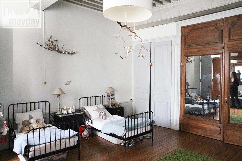 clav0034-prieure-renove-romantique-chambre-enfant-3