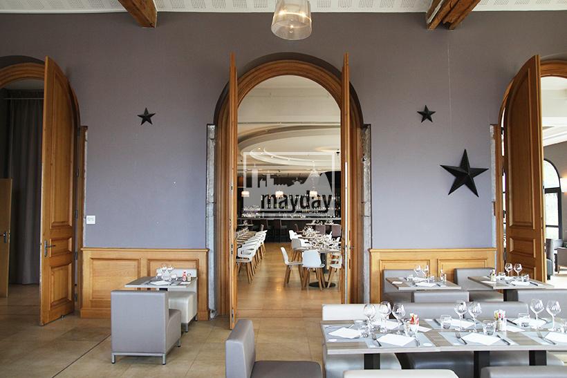 clav0123-grand-restaurant-club-chic-moderne-1