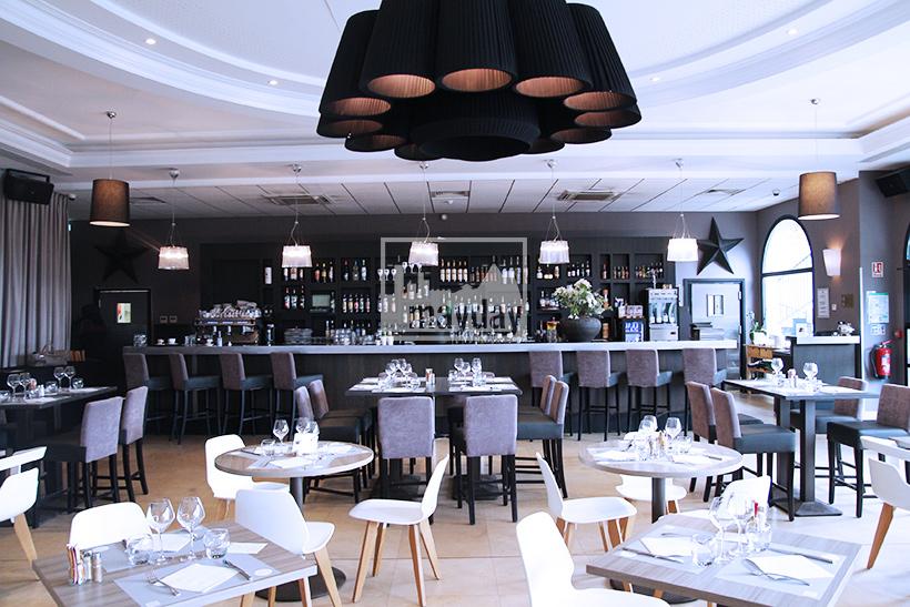 clav0123-grand-restaurant-club-chic-moderne-4