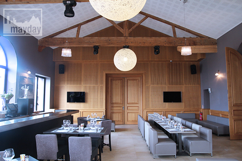 clav0123-grand-restaurant-club-chic-moderne-7